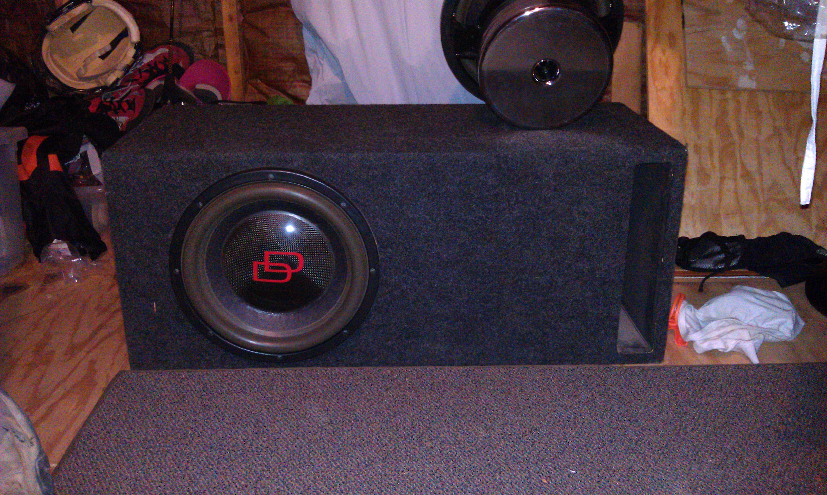 Alto Falante Subwoofer Dd Audio 800 Rms 15 Polegadas Dd1515 also Scanspeaktroels gravesen elipticor1 together with 403615 370647416 furthermore 12 1000 1100 1200 1500 2200 2600 3200 Rms together with 4274625. on digital designs 12 subwoofer