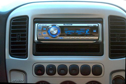 Aftermarket Stereos Greenhybrid Hybrid Carsrhgreenhybrid: 2006 Ford Escape Touch Screen Radio At Gmaili.net